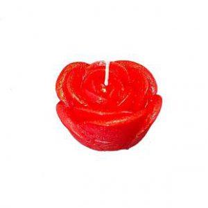 świeczka w kolorze czerwonym